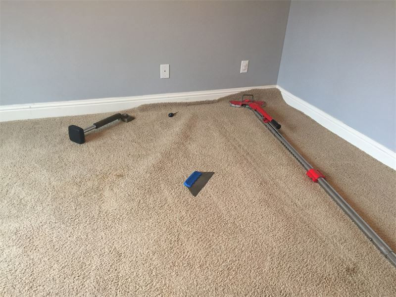 carpet streching services